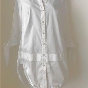 Karen Millen  shirttail blouse NWT orig  $190 SZ 4